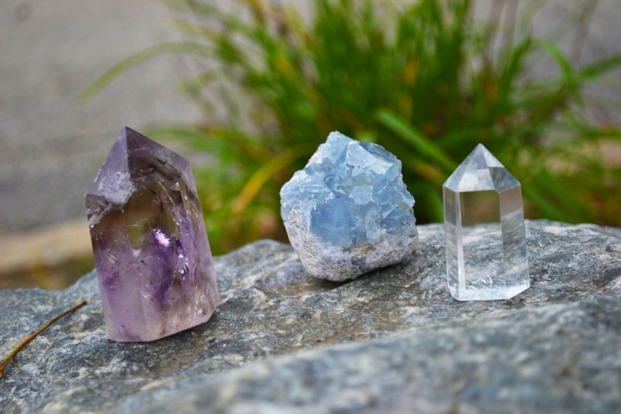 How to Cleansing And Charging Crystals